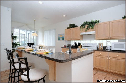 Kitchen and Breakfast Nook - Stunning Lakeside Villa, 4 Miles to Disney