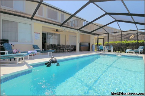 Pool, lanaie and Hot Tub - Stunning Lakeside Villa, 4 Miles to Disney