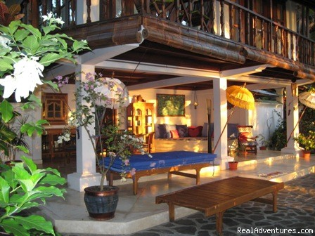 Open Plan Dining and Living Areas - Villa Sunrise on the North Bali Shore