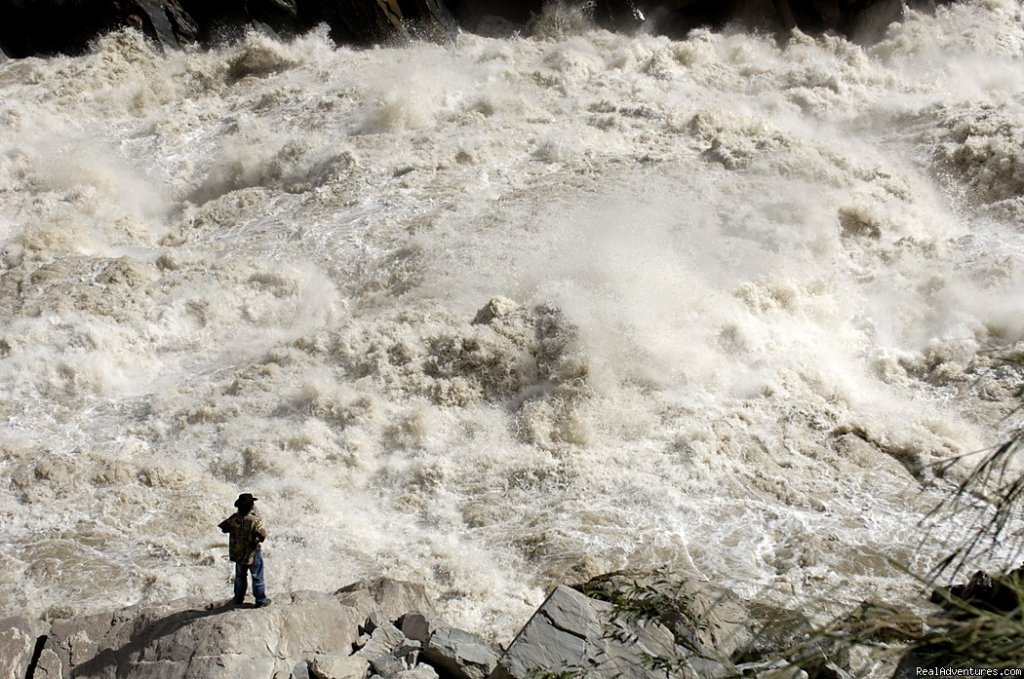 Tiger Leaping Gorge, Yunnan | Image #8/22 | Great Driving Journeys of the World