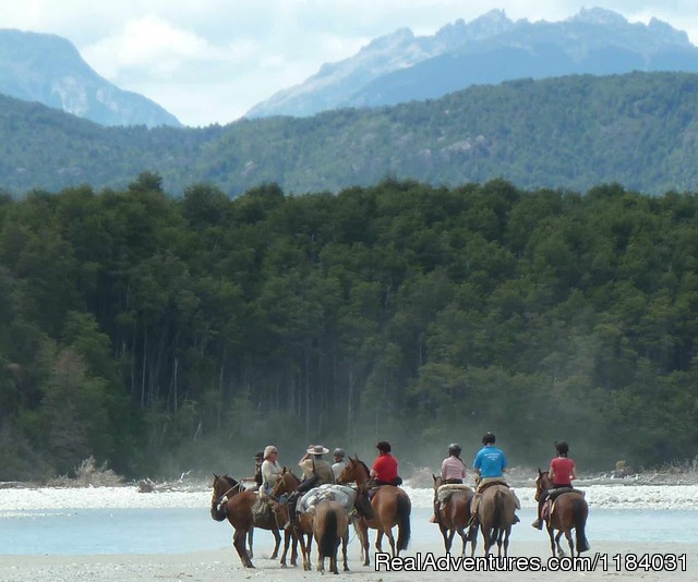 Riding and Trekking in Chilean Patagonia: Chat after the Crossing