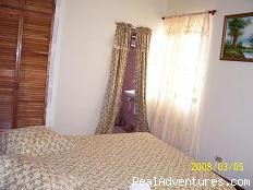 Our Hillside Room with ensuite Bathroom - Samise Villa - Experience Nature near the City