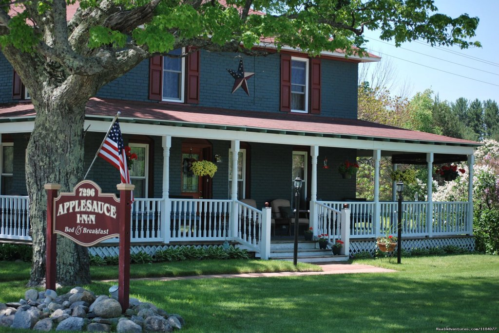 Applesauce Inn B&B Bellaire, Michigan  Bed & Breakfasts