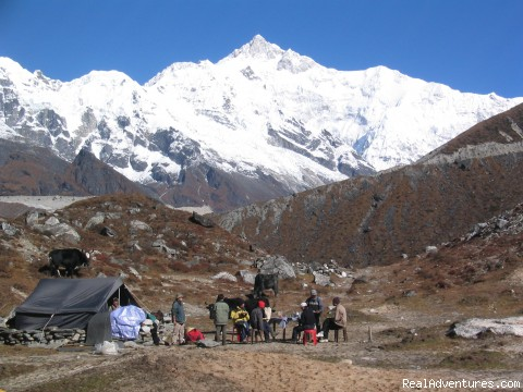 trekking and mountaineering in Sikkim India