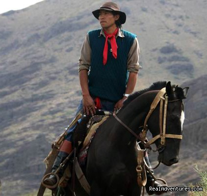 Horse trekking into the Andes: Horacio Castillon