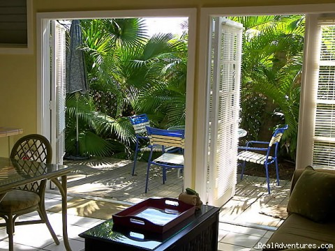 - Key West Oasis 2 block walk to Duval Street