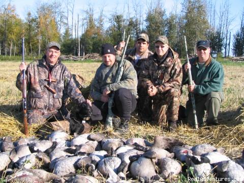 Image #12 of 26 - World Class Waterfowl Hunting Alberta