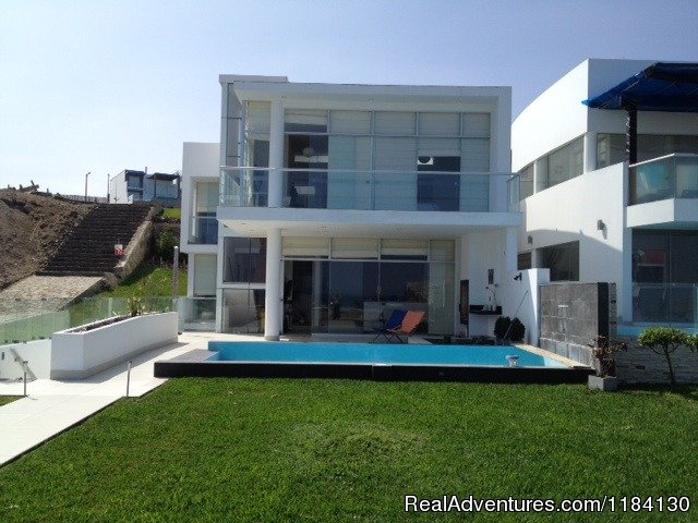 Front View | Image #2/8 | Brand New Beachfront House - Peru (Las Palmeras)