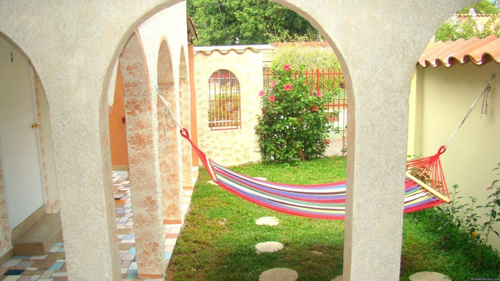 Garden with hammock | Image #2/7 | The Perfect Place to Stay Far from Home
