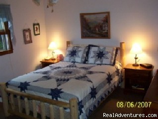 Queen Bed - 2-bed, 2-bath Smoky Mountains Cabin-Great Views