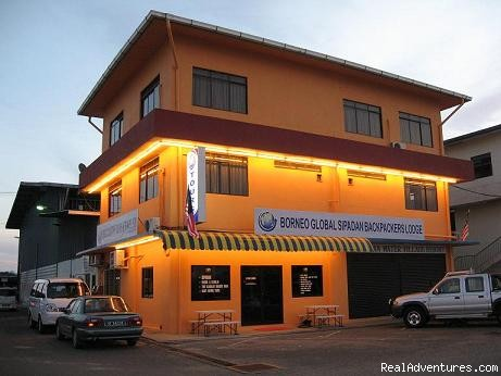 Borneo Global Sipadan Backpackers & Dive Centre Bed & Breakfasts Semporna, Malaysia