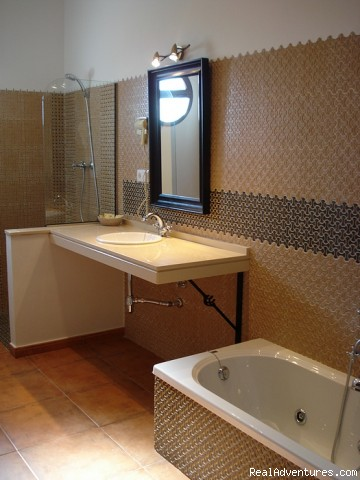 Bathroom Luxury room Toro - Cortijo Escondido in Arcos de la Frontera