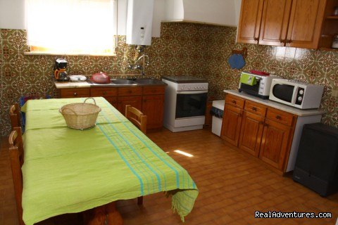 Image #4 of 5 - Surf House