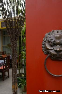 Beijing Hutong's Antique Courtel