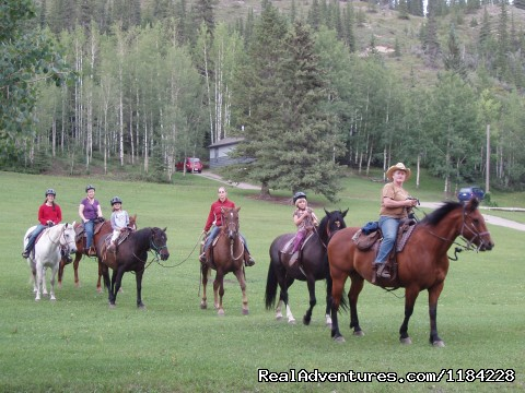 Family Fun - Old Entrance Trail Rides near Jasper National Park