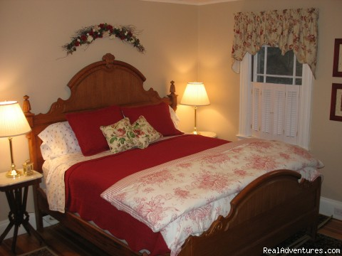 Acadia Suite bedroom - Romantic Bar Harbor Waterfront B & B