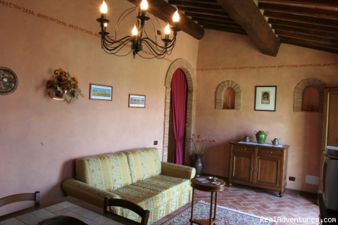 A Living Room - Romantic weeks  in Agriturismo  Renaccino