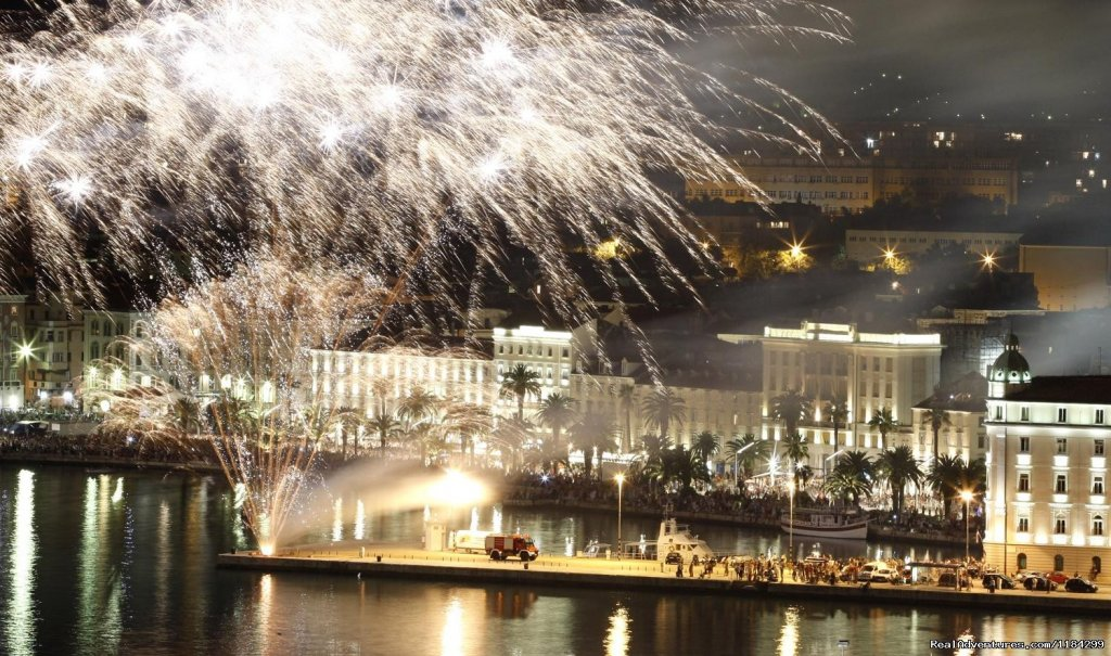 fireworks on Riva ( sea port) | Image #23/23 | A lovely apartment Marmont in heart of town Split