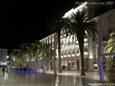 Riva promenade at night - A lovely apartment Marmont in heart of town Split