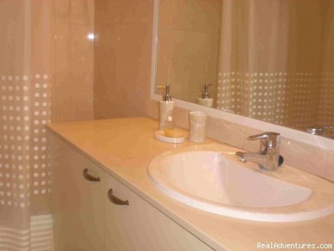 a bathroom (#11 of 20) - rent spacious beachfront apart  HERTZLYA PITUACH