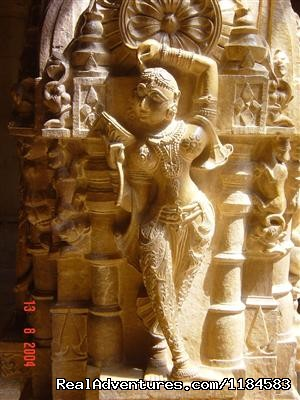 Ranakpur Jain Temple - Colorful & Incredible India Tours & Packages