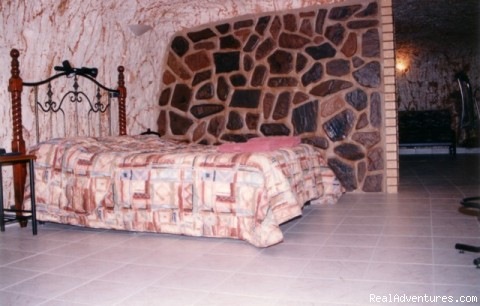 Underground Accommodation Coober Pedy, Australia Youth Hostels