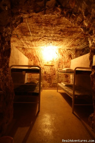 Underground Dorm - Underground Accommodation