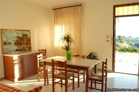 LIVING-ROOM - Sicily Holiday Home Rent Euro 20 Per Person
