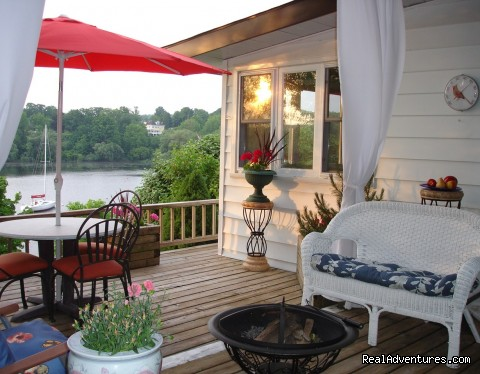 Wake-up to the Sunrise over the Harbour Picton, Ontario Vacation Rentals