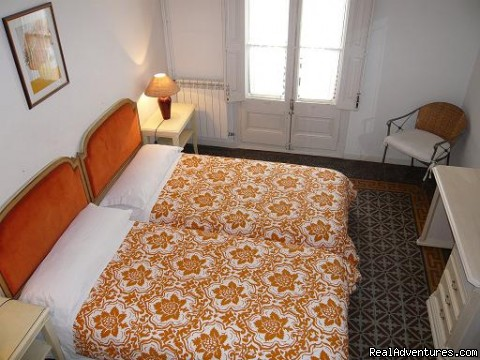 Twin room - Beautiful accommodations in Barcelona