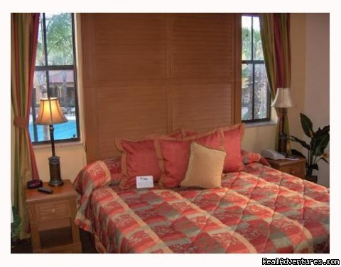 Master Bedroom - Floridays Resort - BRAND NEW only 2 mi to Disney