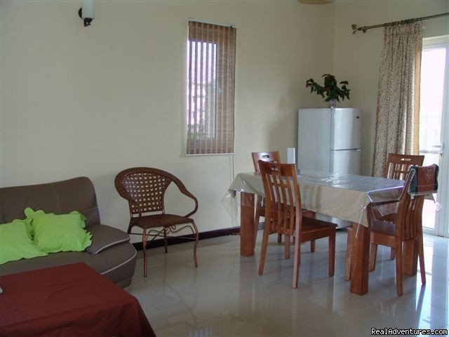 Villa Narmada Living room 2 BD apt 2 | Image #2/10 | Selfcatering luxuous hotelrooms near the beach