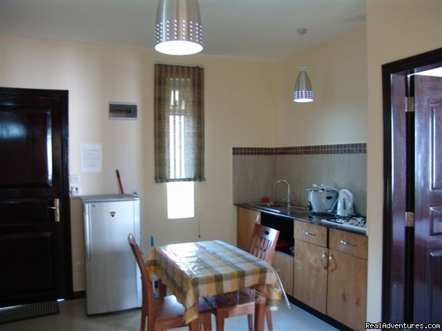 Villa Narmada Kitchen 1 BD apt | Image #7/10 | Selfcatering luxuous hotelrooms near the beach