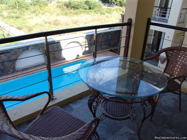 Villa Narmada Terrace | Image #9/10 | Selfcatering luxuous hotelrooms near the beach