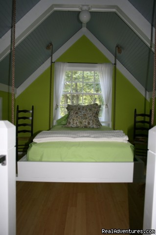 Loft - Swinging twin bed (#3 of 9) - The Blue Cottage Rental - Lookout Mountain, GA