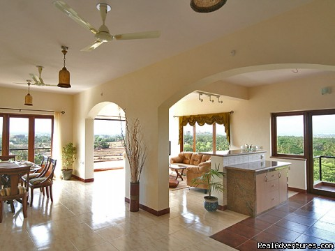 4 bed/ 4bath Luxury Apartment with panoramic Views Goa, India Vacation Rentals