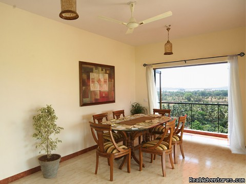 Dining Area - 4 bed/ 4bath Luxury Apartment with panoramic Views