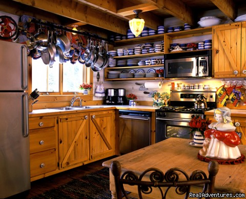 Modern Kitchen with all conveniences - Stowe Vacation Rentals