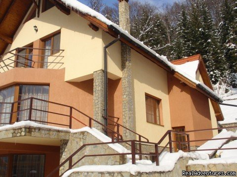 Side view | Image #17/23 | Villa Casa Olandeza Brasov mountain holiday house