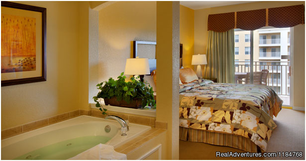Suite Bedroom and Jetted Bathtub - Disney World and Universal Studios Promotion
