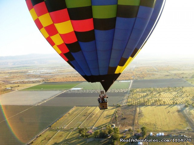 Hot Air Balloon Flights over Palm Springs: Balloons Above Passengers Enjoy the View