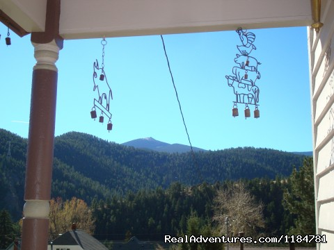 A View From The Front Porch - Mt Evans Cabin, Hot Springs & Historic Town