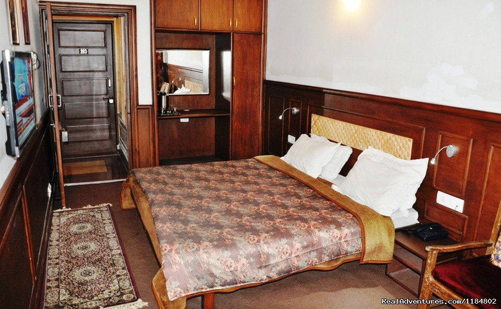 Deluxe Double Room | Image #3/16 | Exotic Vacation at Hotel Sadaf.