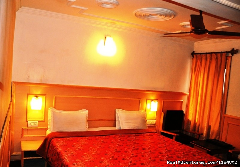 A Double Room | Image #2/17 | Exotic Vacation at Hotel Sadaf.
