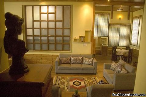 sitting area  DRS - Dwarika Residency shelapani shimla hills