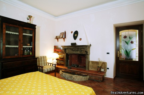 One of our typical  room: very spacious and nice - Farmstay in Abruzzi National Park,  south of Rome