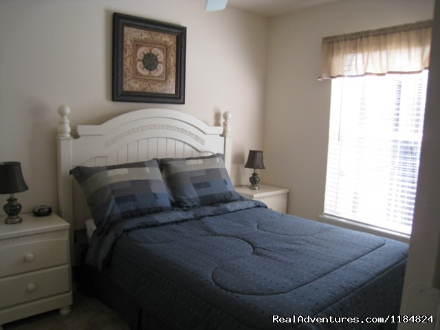 Double Bedroom - Disney Vacation Pool Home -Backs onto Conservation