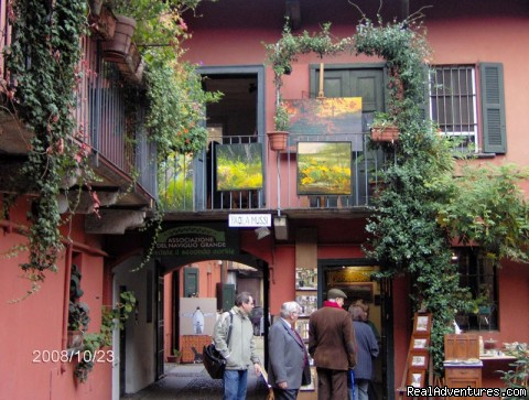 Courtyard Naviglio shops (#2 of 2) - Romantic Naviglio Grande