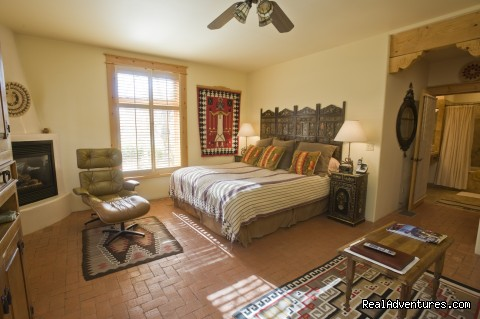 Kachina Suite - Don Gaspar Inn Bed and Breakfast