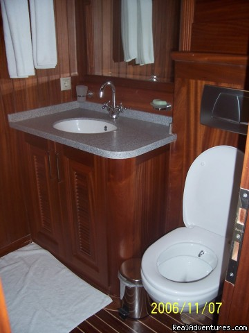 Bathroom - Sailing in Turkey with MEDSAIL HOLIDAYS